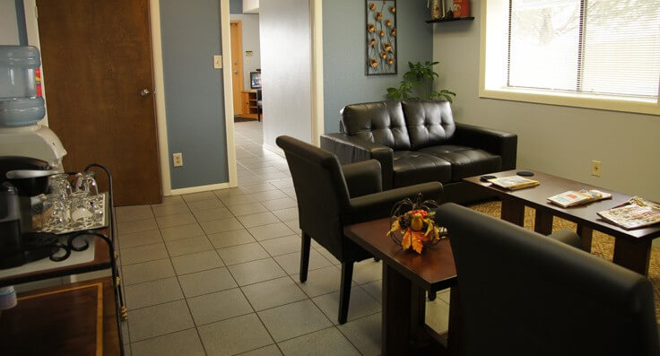 Comfortable, clean lobby with wifi, good coffee and water. Auto repair with the comforts of home in Colorado Springs, CO.